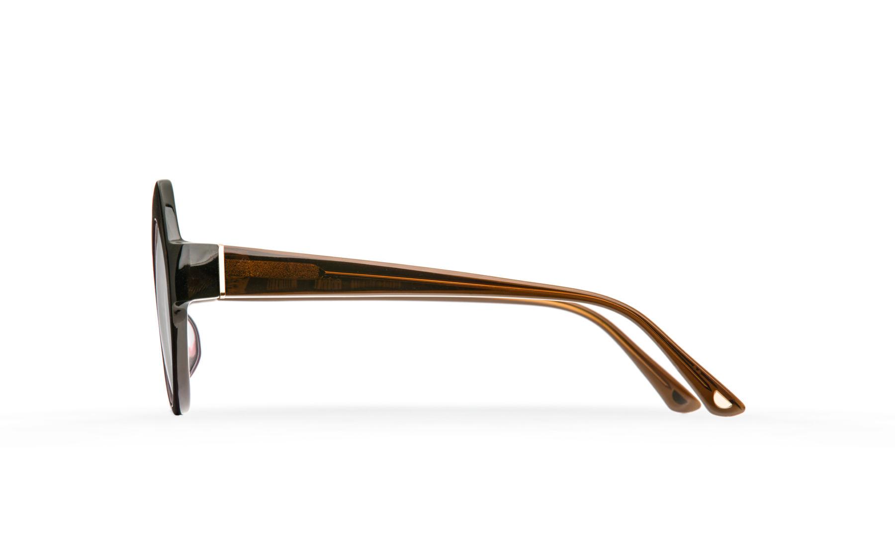 FAKBYFAK  Orphium Model 3. Optic. Weather & Crime Code: FBF-18-03-03
