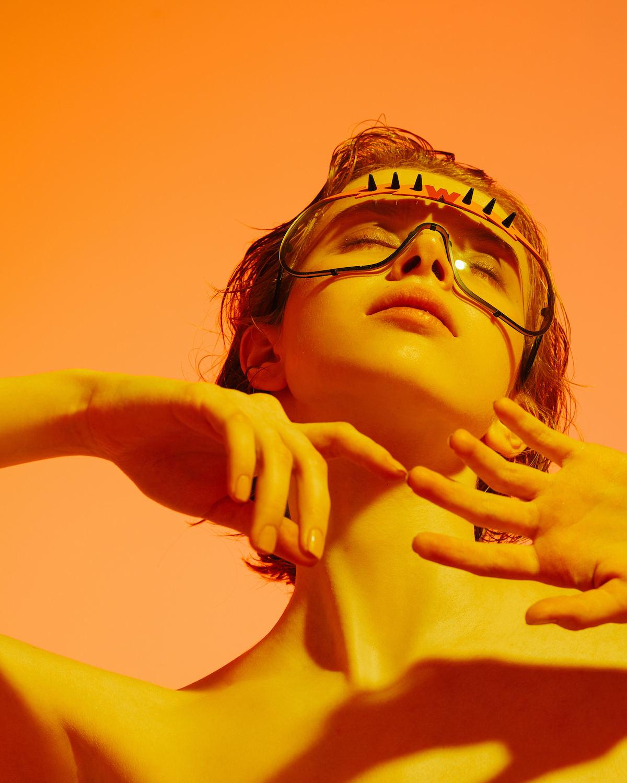 FAKBYFAK x Walter Van Beirendonck  BlitZ Solar Shield Sunglasses. Yellow & Orange Lightning Code: 23/01/03