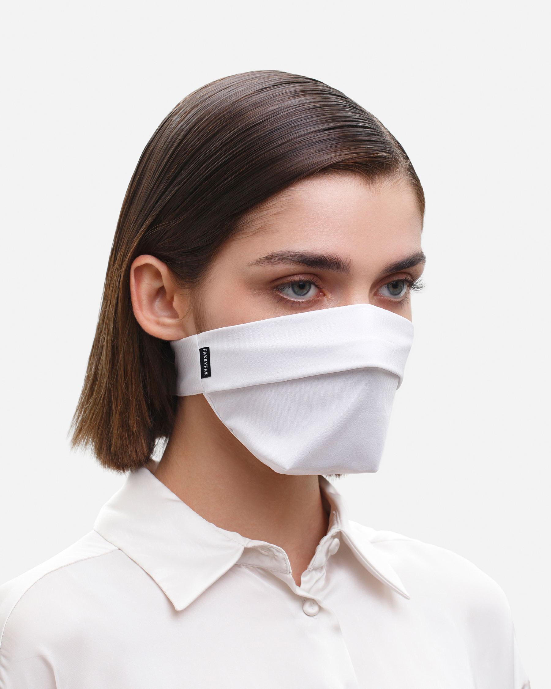 FAKBYFAK  The Vega. Ear Strap-Free High-End Protective Antibacterial (ATB-UV+) Face Mask. White Code: FBF-42101-06