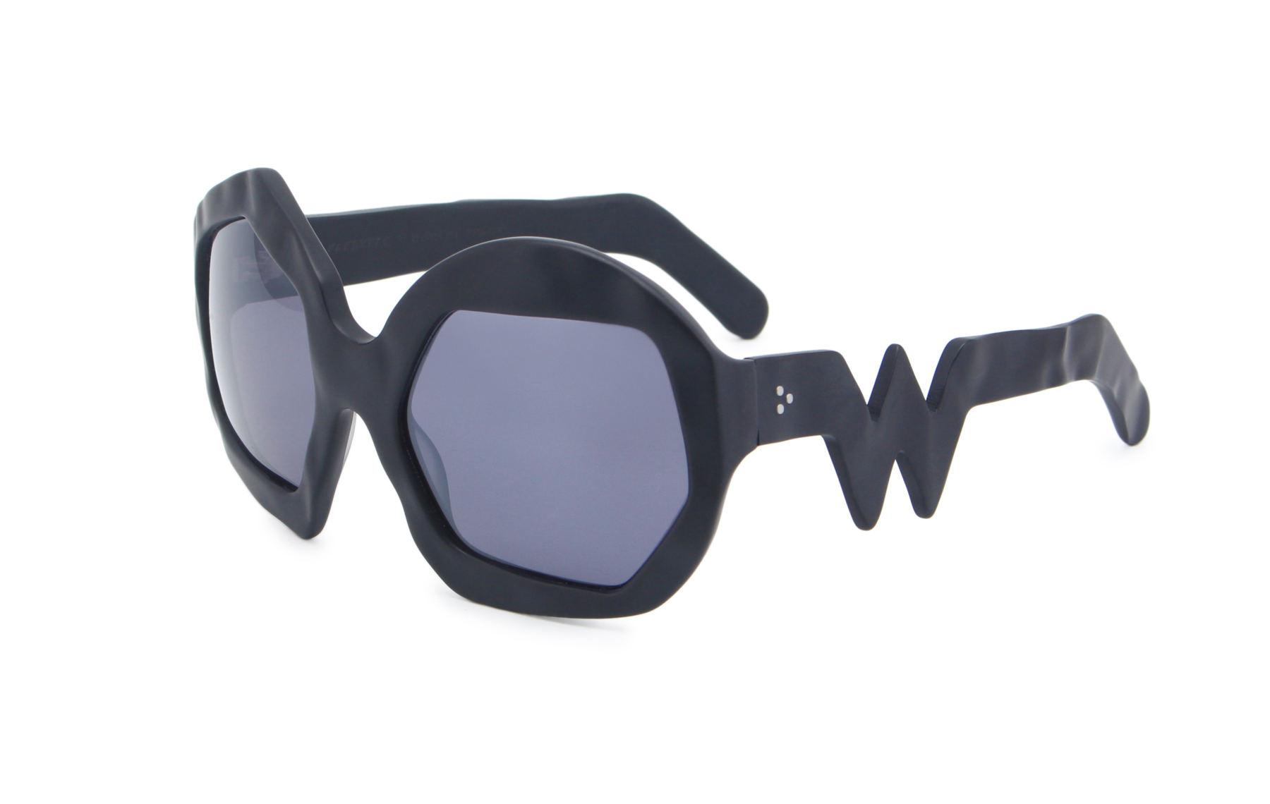FAKBYFAK x Walter Van Beirendonck  Thunder Sunglasses. Black Code: FBF-09-12-01