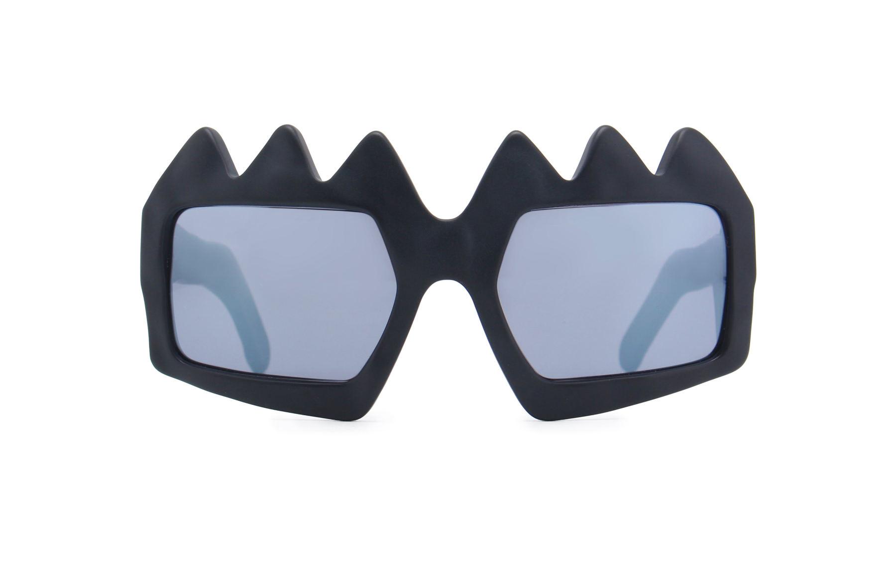 FAKBYFAK x Walter Van Beirendonck  Bliksem Sunglasses. Black Code: 09/13/01