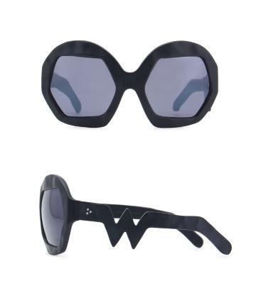 Donder Sunglasses. Black