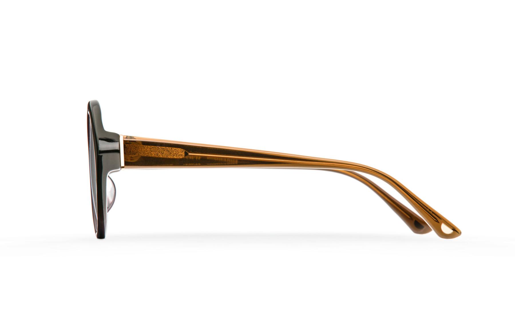 FAKBYFAK  Orphium Model 2. Optic. Weather & Crime Code: 18/02/03